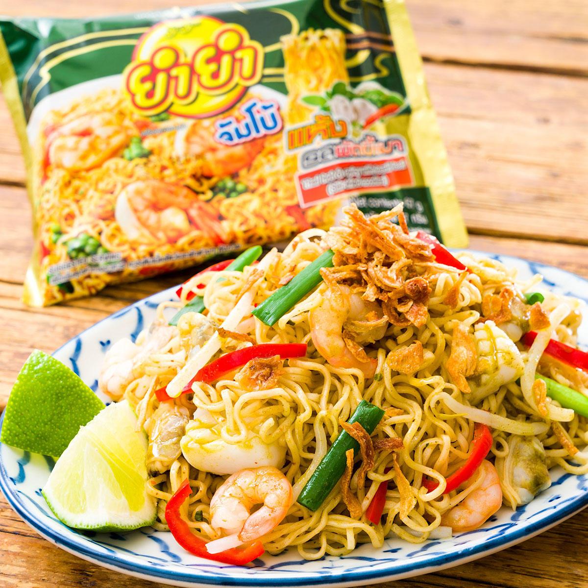 レシピ_ヤムヤム激辛タイ焼きそばバジル味