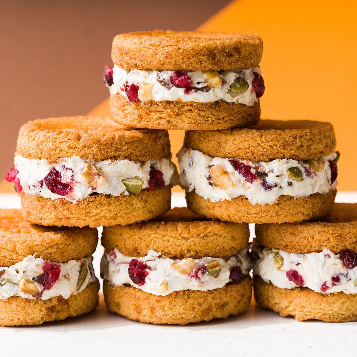 ホワイトチョコのひんやりチーズクリームサンド