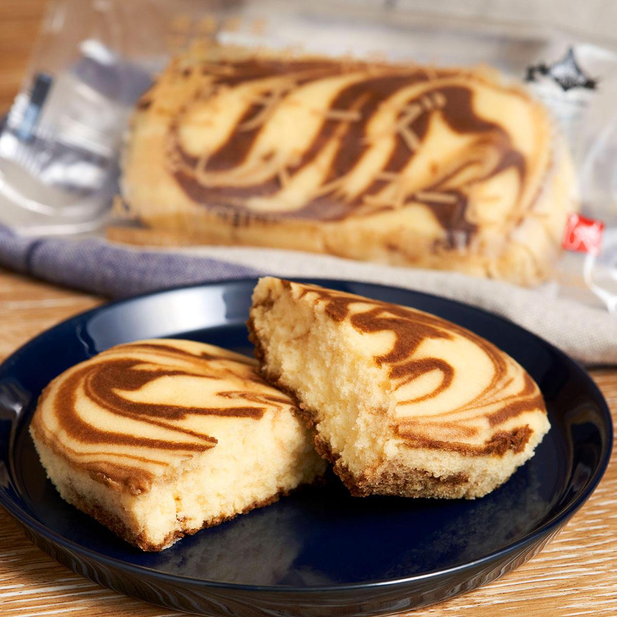 おいしい北海道202110_極チーズ蒸しパンコーヒーー